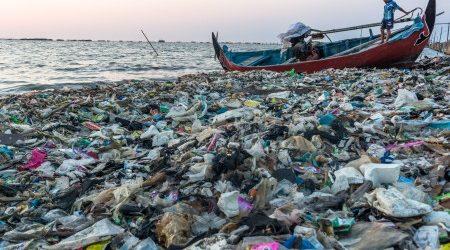 62-sampah-di-indonesia-berupa-kantong-plastik-SCFt2Keukn